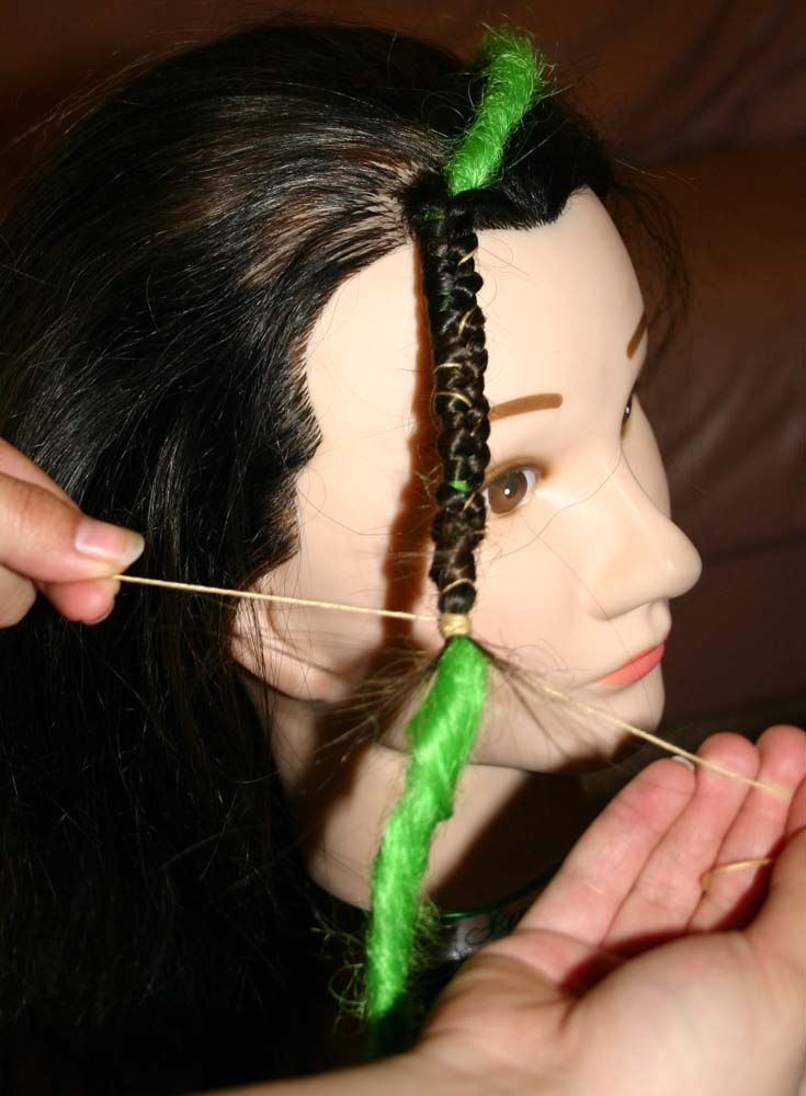 Beautifully Chaotic Designs How To Install Extension Dreads